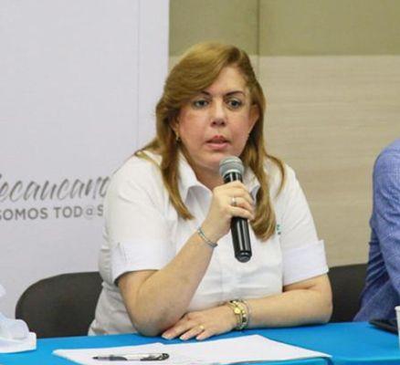 Gobernadora del Valle propone ampliar pago de créditos sin intereses de mora
