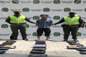 Incautan porciones de droga en operativos policiales